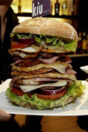 Una hamburguesa gigante a comer en 25 minutos ¿podrías? 2