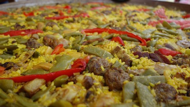 Arroz con carne y verduras (estilo paella) 1
