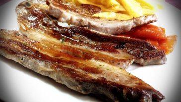 Churrasco de porco celta con pimientos asados del Bierzo 1