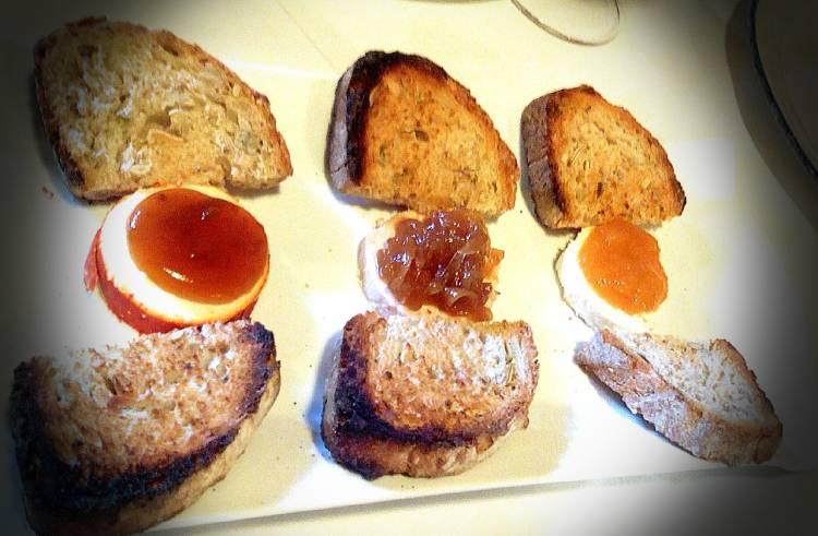 Tabla de quesos y mermeladas 1