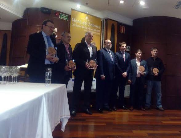 El alcalde de Oviedo nombra a los cinco embajadores de la gastronomía asturiana en Madrid 1