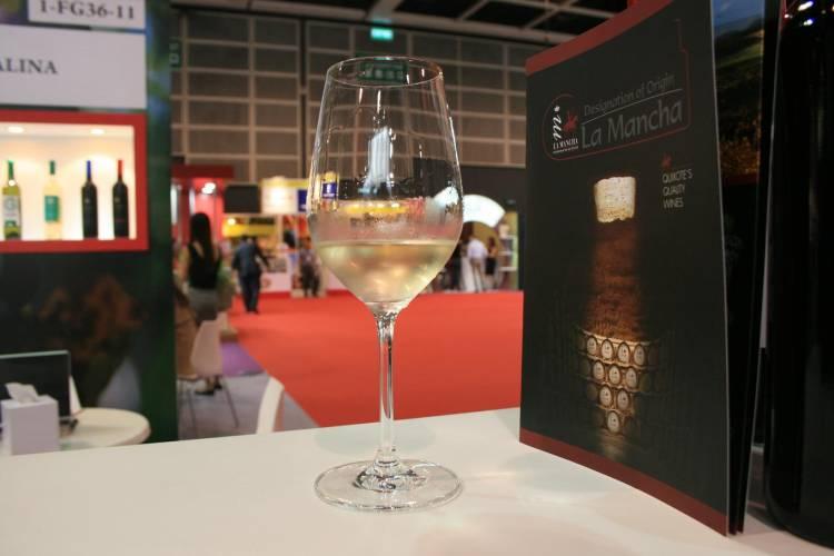 La comercialización de vinos embotellados con DO La Mancha bate un nuevo récord en 2014 1