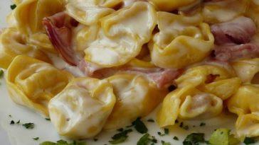 Tortellini de queso a la carbonara 1