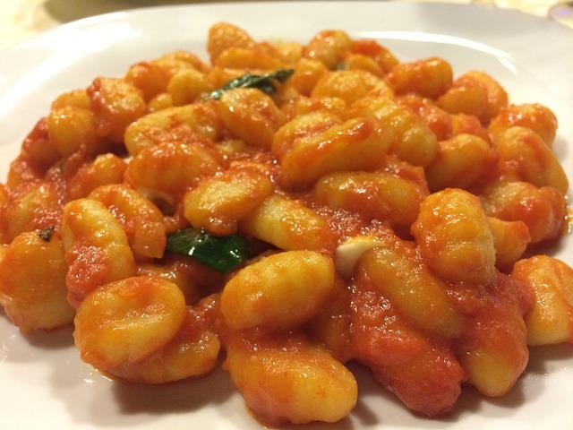 Ñoquis en salsa de tomate 1