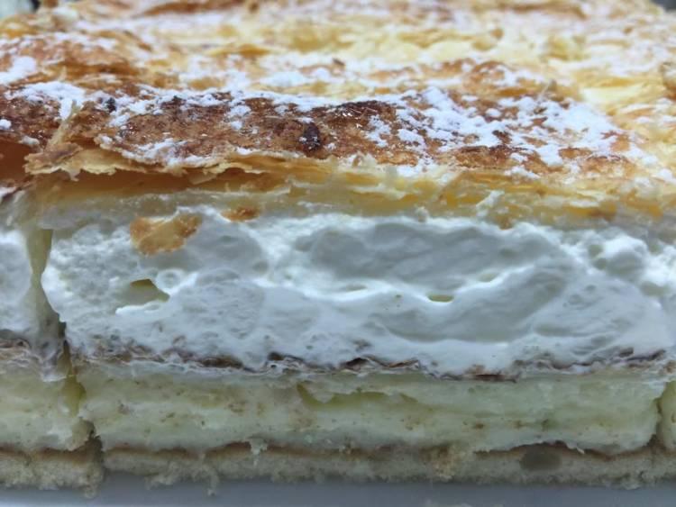 Tarta de milhoja de crema y nata 4