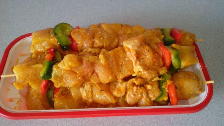 Pinchos morunos de pollo y ternera al tomillo 1