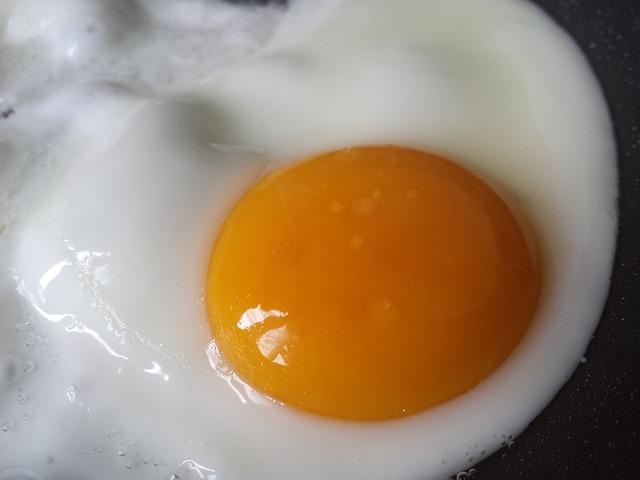 Cómo hacer el huevo frito perfecto 1