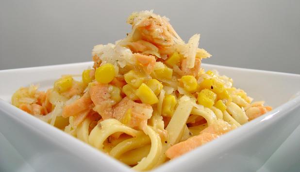 Pasta con salmón fresco a la carbonara 1