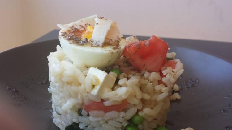Ensalada de arroz con algas y guisantes 1