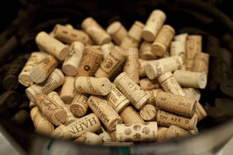 Fin solidario para los tapones del XVI Salón de los Mejores Vinos de España 1