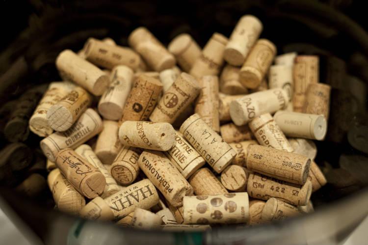 Principales países compradores y vendedores de vino a junio de este año en tasa interanual 1
