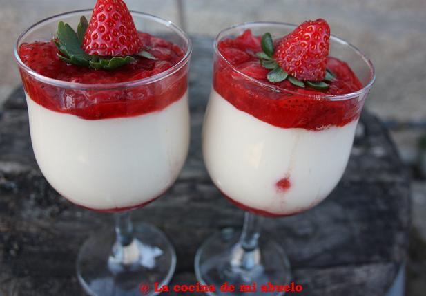 Copa de fresas con crema de te con piña 1