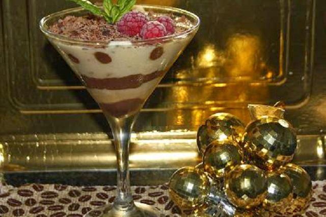 Copa de crema de turrón y chocolate 3