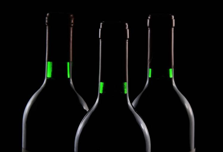 El precio del vino a granel se estabiliza o incluso sube algo