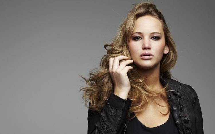 La actriz de Hollywood Jennifer Lawrence, dice que le gusta el vino porque ella huele como un 'Cabernet' 1
