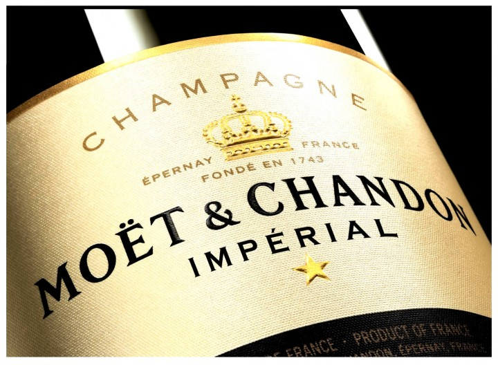 9.000 Botellas falsas del champagne Moët Chandon encontradas en Italia 2