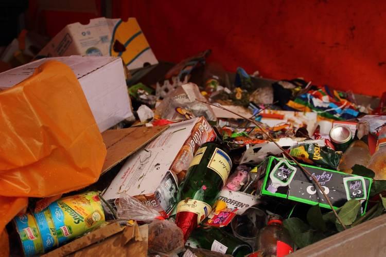 Cada ciudadano desperdicia al año 28,5 kilos de comida al año en España 1
