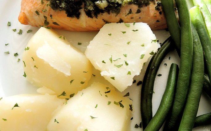 Salmón al horno con judías y espinacas 1