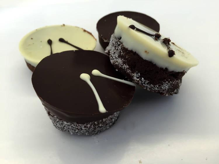 Tambores de chocolate, receta para la Semana Santa con el AOVE Pago de Valdecuevas 2