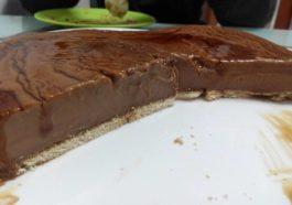 Tarta de chocolate con leche y natillas para hacer en 5 minutos 3