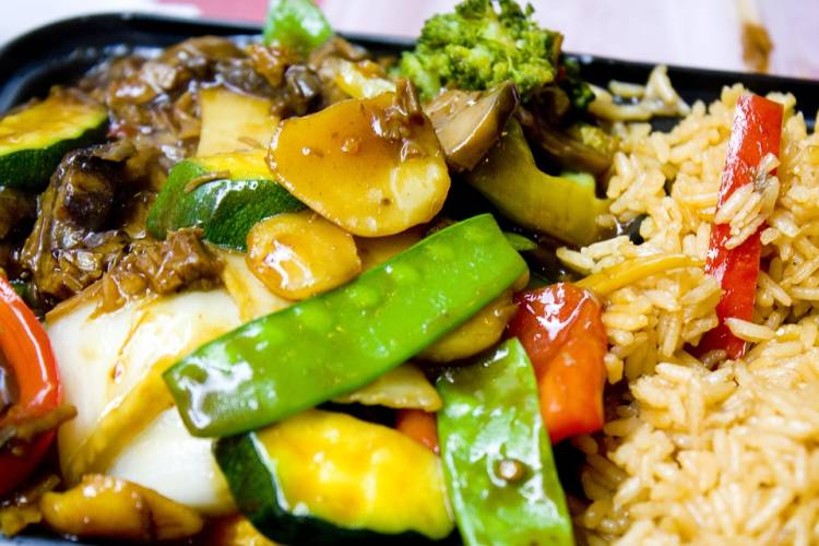 Pechuga de pollo agridulce con verduras y arroz basmati 1