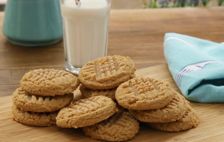 Cómo hacer galletas de mantequilla con solo tres ingredientes en 8 minutos 1