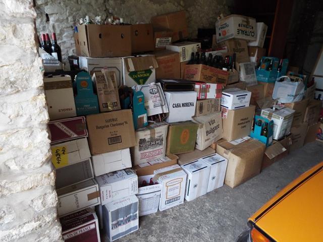 Descubierta colección de más de 2.000 vinos adquiridos por un piloto en los Duty-Free Shop durante casi 50 años 1