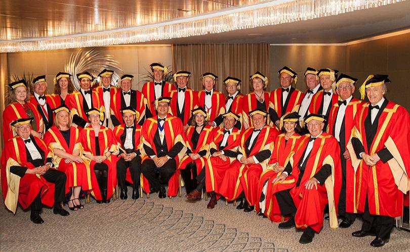 Gran Orden del Vino celebró en Londres su cena anual para investir a nuevos Caballeros 1
