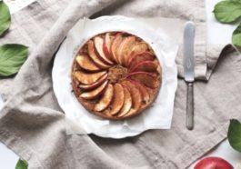 Pastel de manzana vegano de solo 3 ingredientes 1