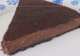 Tarta de chocolate y Oreo con solo 4 ingredientes