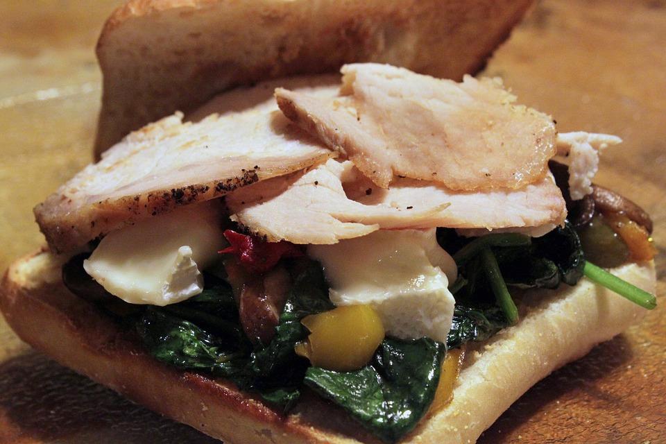 Sandwich de jamón asado con verduras 1