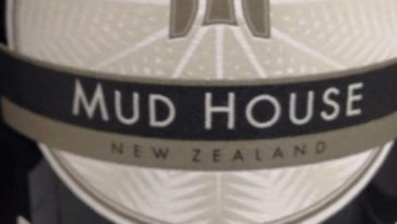 Catamos Mud House Pinot Noir 2014 Central Otago 1