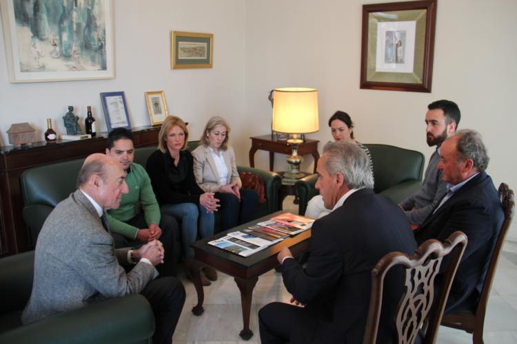 Maridaje de quesos de Villaluenga y vinos de Jerez en la firma de un acuerdo entre ambos