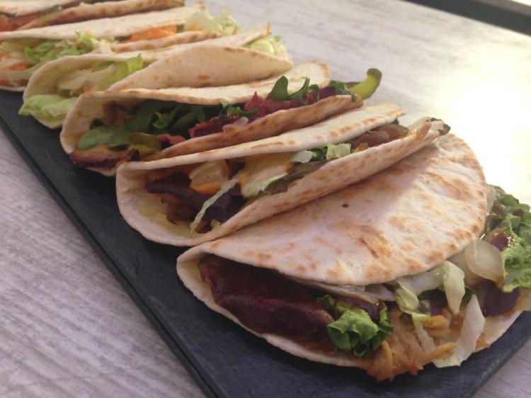 Este fin de semana vuelve calle Gourmet, primer mercado gastronómico street food cubierto en Madrid 1