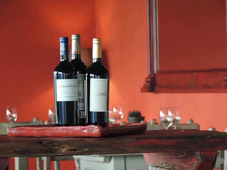 Un sommelier dice que siempre hay que pedir el vino más barato en la carta de vinos de un restaurante 1