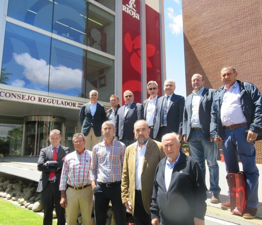 La DO Valdepeñas visita la DOCa Rioja
