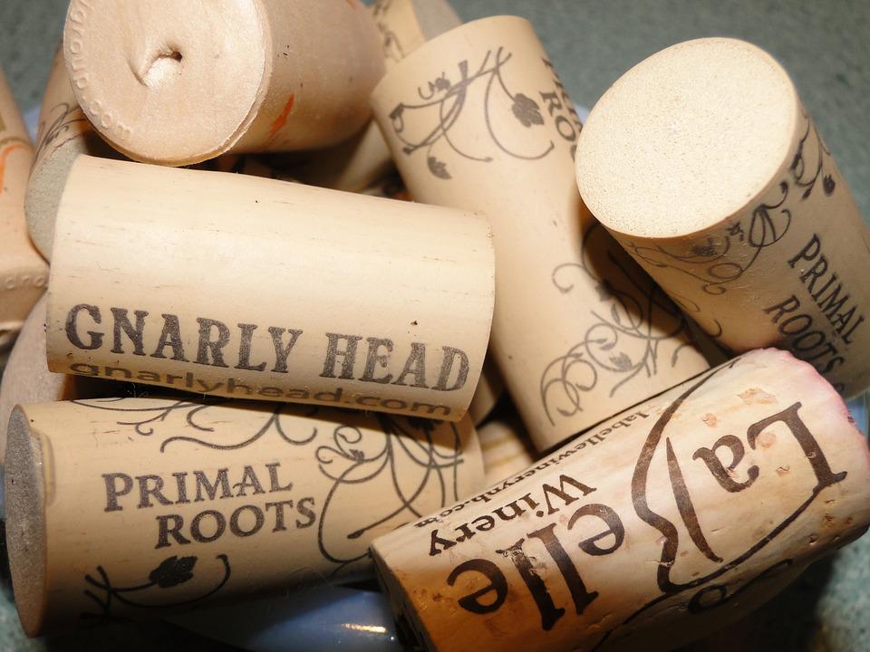 Sobre los tapones de las botellas de vino, corcho, sintéticos,.... 1