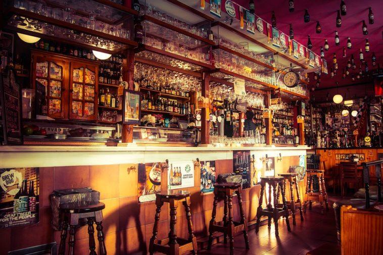 Las ciudades del mundo más caras para 'tomar algo en un bar' 1