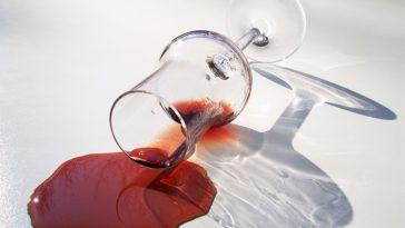 Consejos para quitar las manchas de vino 1