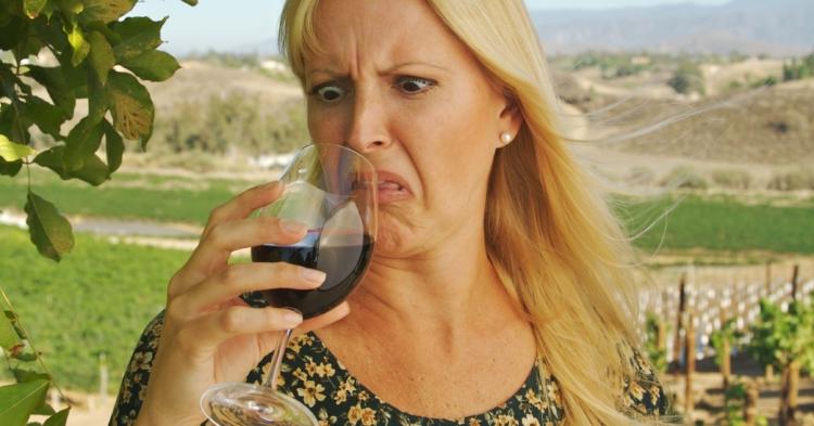 Cuando puedes devolver una botella de vino en un restaurante y cuando no 1