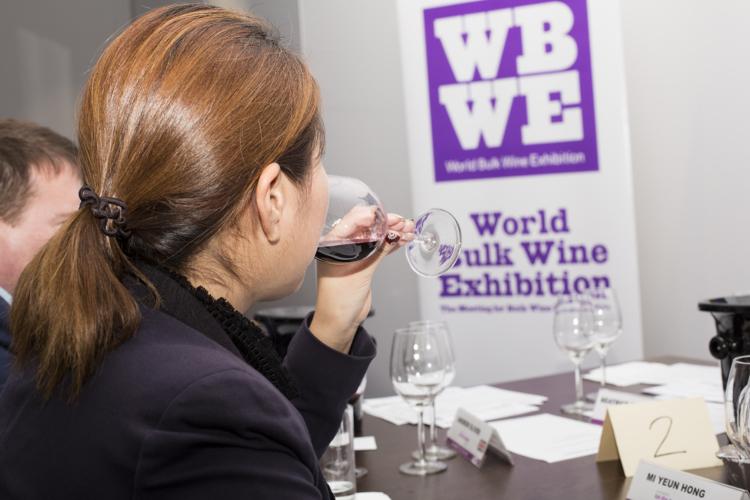 España, Italia, Nueva Zelanda y República Checa presentaron los mejores vinos a granel del mundo 2017