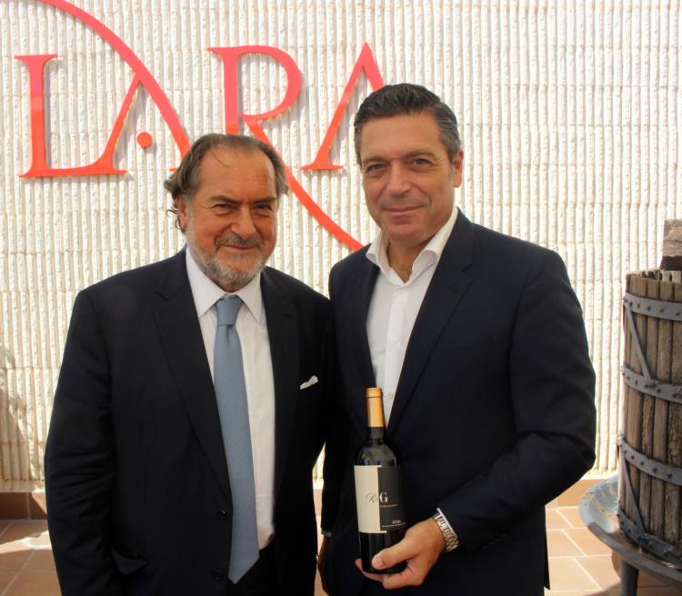 Michel Rolland y Javier Galarreta visitan Bodegas Lara para presentar su proyecto Rolland&Galarreta