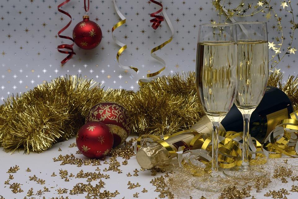 Qué hacer con el vino que nos sobra en las comidas y cenas navideñas 1