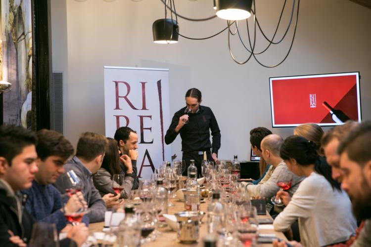 Ribera del Duero impartió formación al personal del Grupo Meliá en Madrid 1