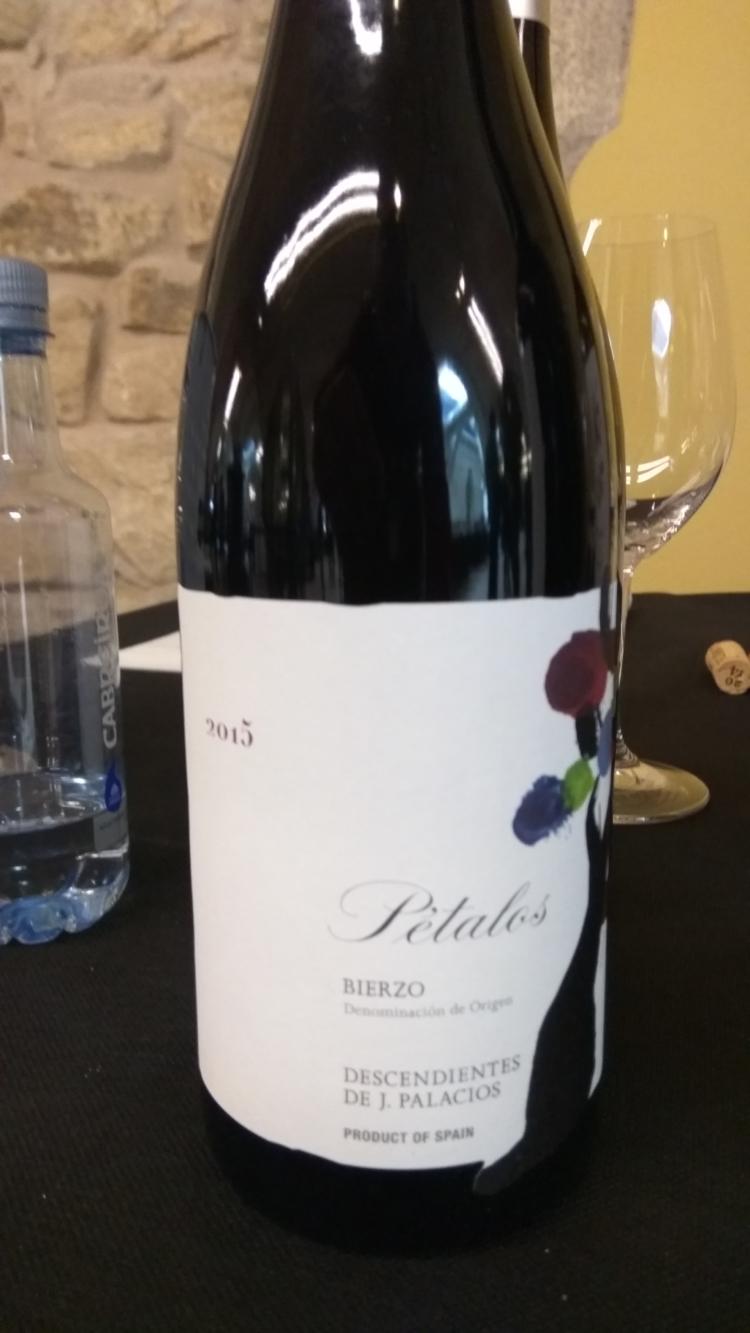 Un vino del Bierzo en el podium de los mejores vinos tintos para la Asociación Española de Periodistas y Escritores del Vino 1