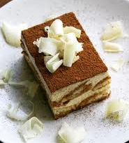 Tiramisú (pastel con sabor a café en capas) 5