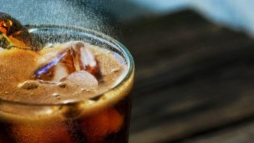 Tomar bebidas azucaradas disminuye la protección contra patologías cardiovasculares